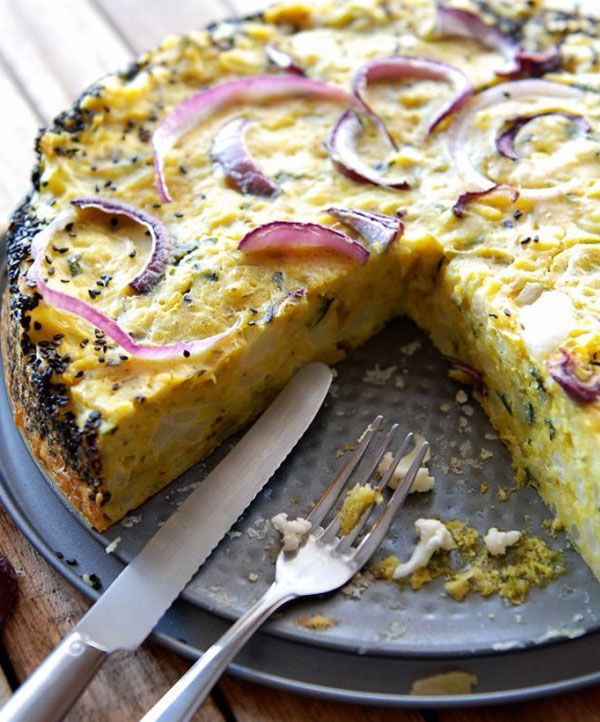 Cauliflower cake with Sesame, Basil, Parmesan, Olive Oil, Red Onions. CLICK HERE to Discover The Recipe