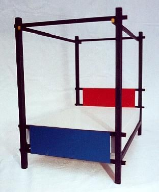 Gerrit Rietveld De Stijl painted 4 poster double divan bed  and bedroom furniture