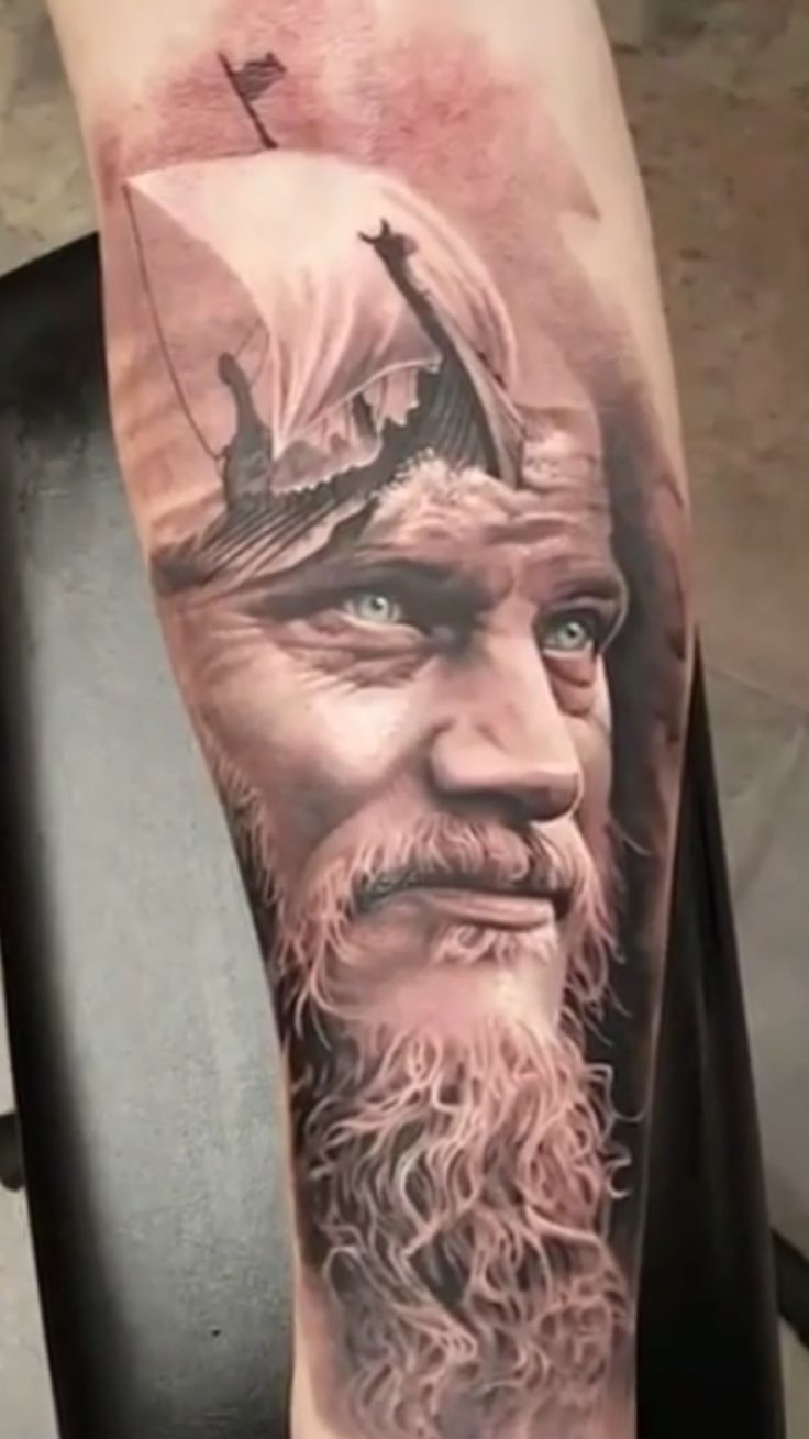 ragnar lothbrok Vikings tattoo