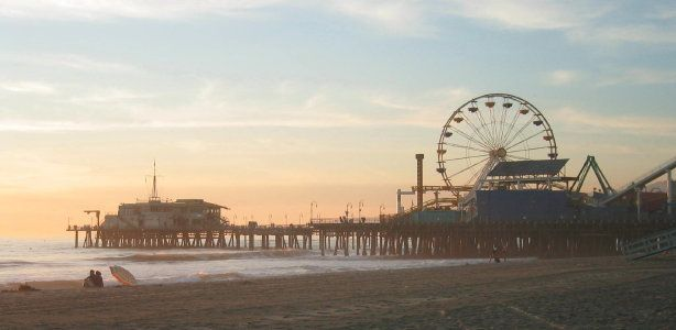 Santa Monica Pier -- the very END of Route 66 -- soooo cute and pristinely clean and neat!!!