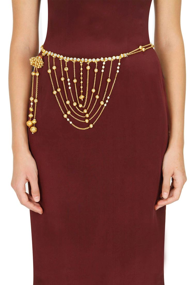Gold plated pearl and kundan chain waistband by Art Karat. Shop now: www.perniaspopups.... #waistband #designer #artkarat #pretty #jewellery #shopnow #perniaspopupshop #happyshopping