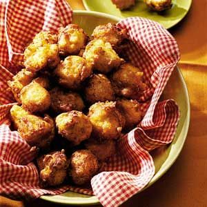 Squash Puppies RecipeHushpuppies, Hush Puppies, Squashes Puppies, Black Peppers, Puppies Recipe, Yummy Food, Yellow Squashes, Breads Sweets Savory Yum, Puppy'S