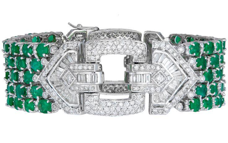 Haute Vault, jewelry, emerald green, diamond bracelet, fine jewelry, perfect accessories http://loveluxelife.com/haute-vault/