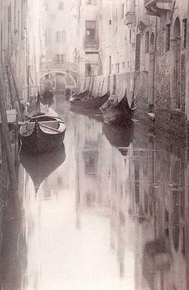 Alfred Stieglitz: A Bit of Venice, photogravure, 1894