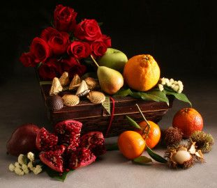 Fresh Fruit Gift Baskets and Gourmet Gifts Delivered Nationwide | Manhattan Fruitier