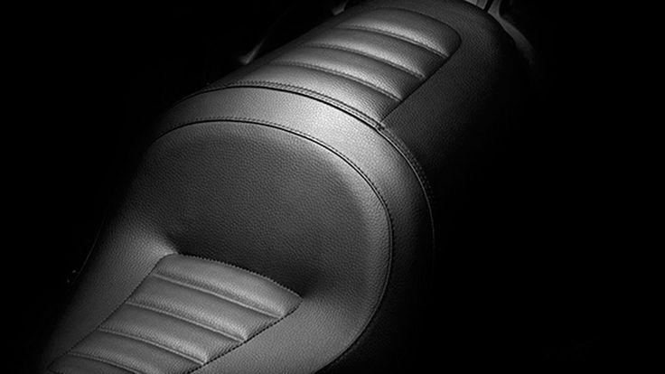 2014 Ducati Diavel Strada seat 2014 Ducati Diavel Strada Full Review and Specs