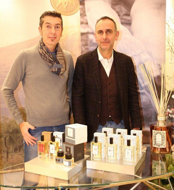 Rolando Romano, titolare di Wally e Stefano Moriconi titolare del negozio di Forte dei Marmi durante l'evento nella Boutique Hunting World Firenze.  www.wallycosmetici.com