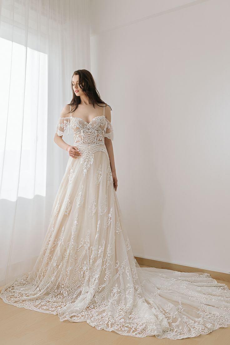 wedding dresses 2018 Noel Collection.OLYMPIA SS18024
