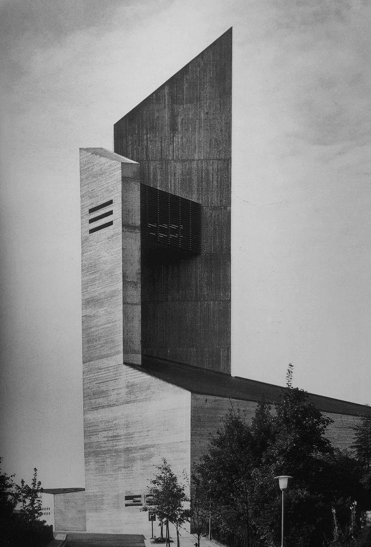 https://germanpostwarmodern.tumblr.com/post/158597504563/zwölf-apostel-kirche-1964-67-in-hildesheim