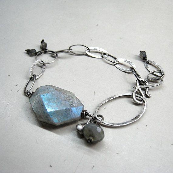 Sterling silver chain bracelet with labradorite by applenamedD, €100.00