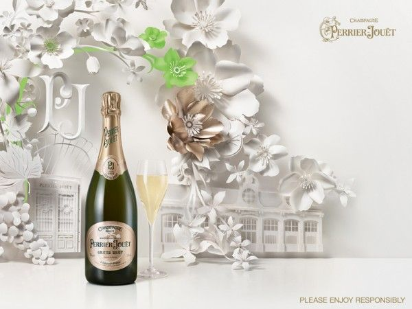 Flower frescoes creation by Jo Lynn Alcorn for the print campaign of French champagne Perrier-Jouët.