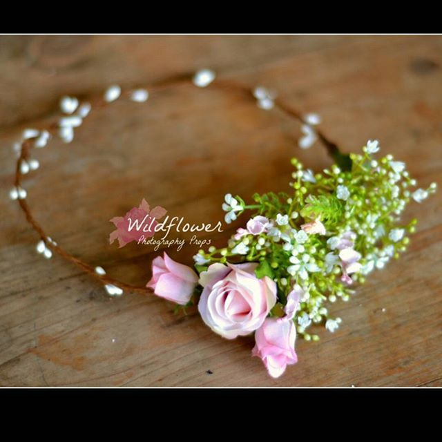 A sweet pink Rose custom made floral crown. #wildflowerphotoprops #floralcrown…