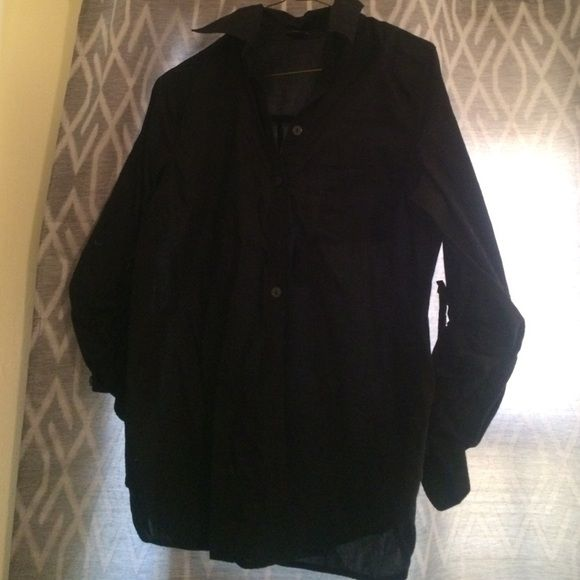 Black Button Down Shirt Cute black button down shirt. Great condition! It is a size Medium from Forever21. Tops Button Down Shirts