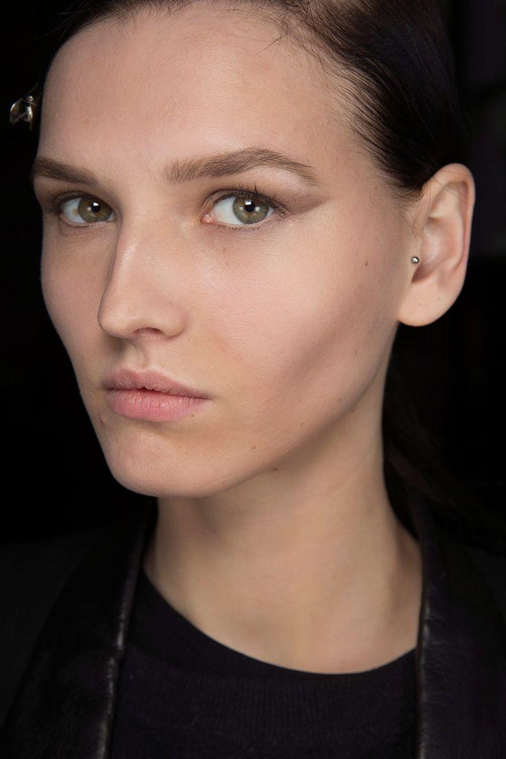 17 mejores ideas sobre maquillaje de ojos para el d a en - Maneras de maquillarse ...