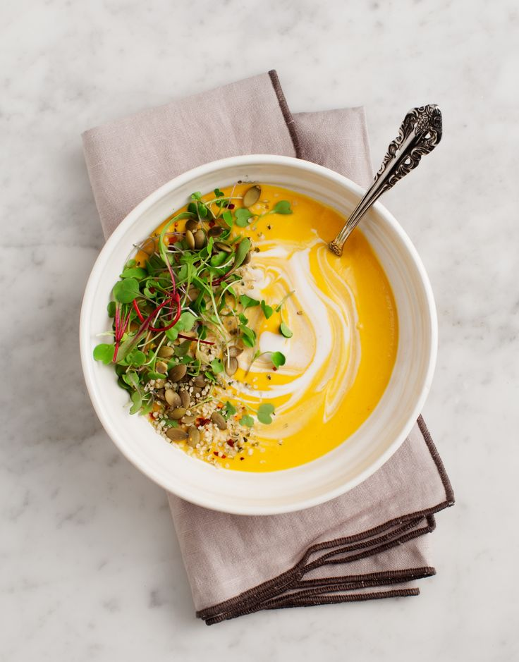 This EASY Carrot Gazpacho is courtesy of the stunning Love & Lemons Cookbook from Jeanine Donofrio. Just a handful of simple ingredients, vegan & GF!
