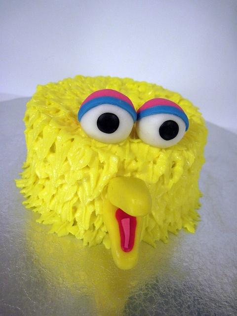 Best 25 Big Bird Cakes Ideas On Pinterest Monster Uk