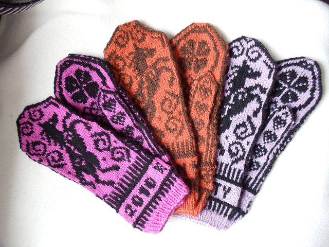 Unicorn mittens. My first colorwork perhaps?