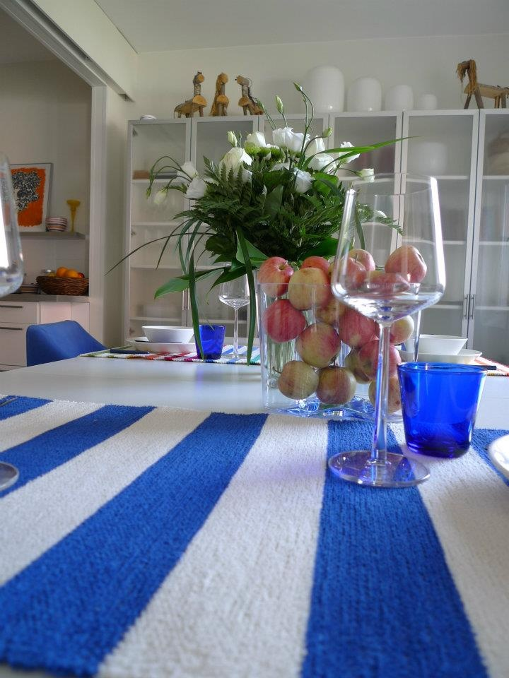"""blue and white """"Suomi""""-poppana from Homecrafts Finland"""
