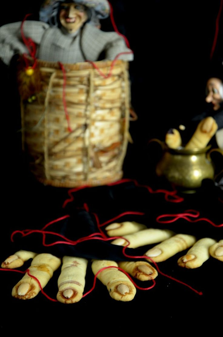 HALLOWEEN COOKIES, BISCOTTI, PASTA FROLLA, RICETTE DI HALLOWEEN, RECIPES, FOOD, HALLOWEEN PARTY, HALLOWEEN BUFFET, HALLOWEEN IDEAS