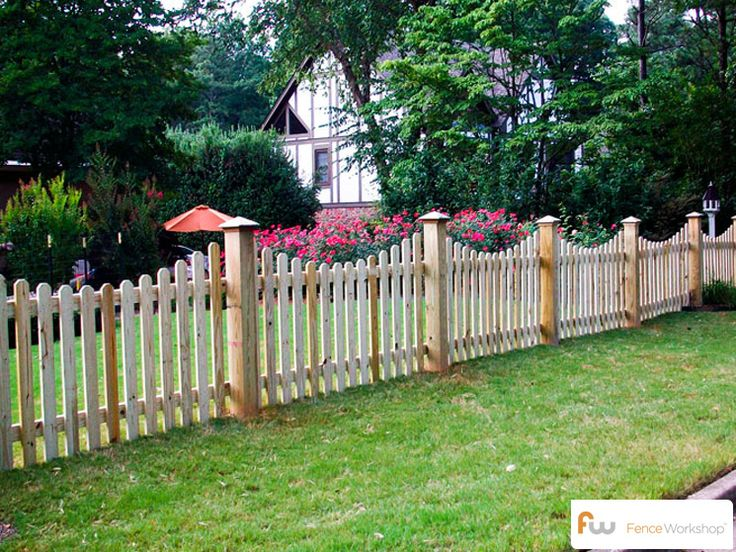 The Finley ™ Scalloped Wood Picket Fence   Pictures & Per Foot Pricing