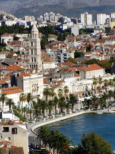 View from Marijan Hill, Split, Croatia (by dena_split).