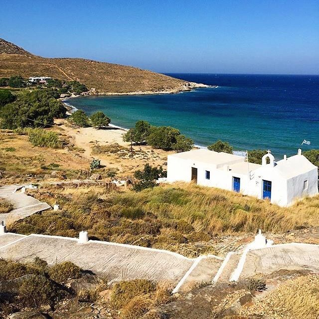 Wonderful Agios Ioannis beach , at Serifos island (Σέριφος) Unorganized beach with peaceful atmosphere exactly what you need to enjoy the summer sun ☀️