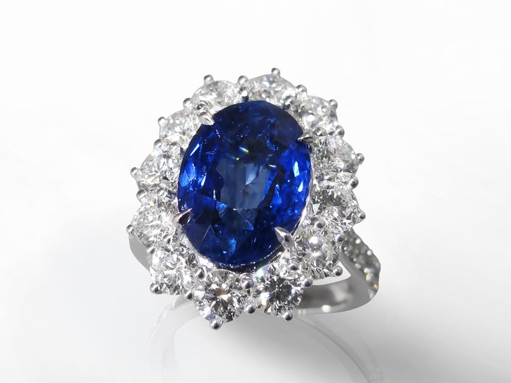 June 2016 #Auction Results: #BlueSapphire #Ring Sold for $17,000. Subscribe to Win Prizes at www.federalauction.ca/subscribe #jewellery #jewelry #diamonds #rolex #giacertified #gold #luxury #federalauctionservice #fascanada #victoria #vancouver #calgary #edmonton #toronto