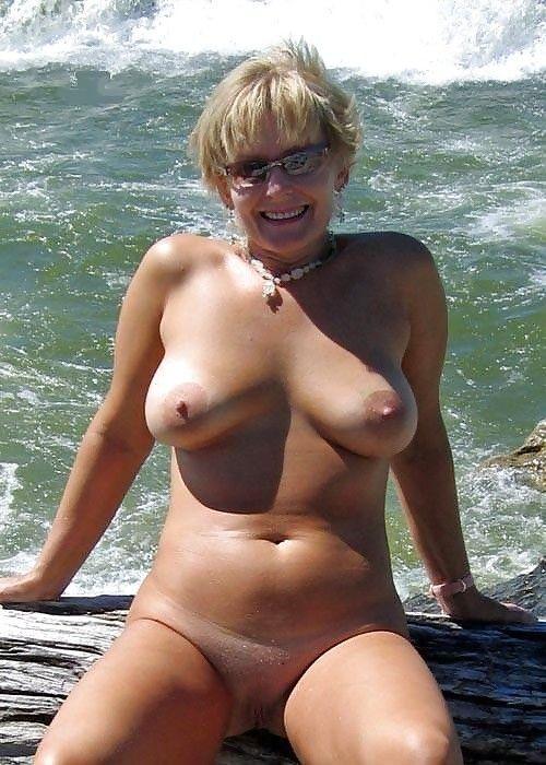 Happy mature women nude-6862