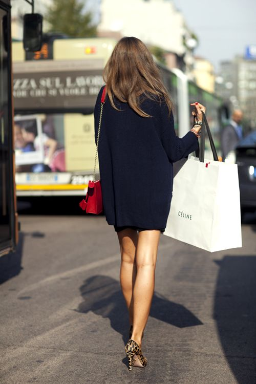 :): Leopards Shoes, Leopards Heels, Leopards Pumps, Sweaters Dresses, Street Style, Over Sweaters, Shops Bags, Leopards Prints, The Sartorialist