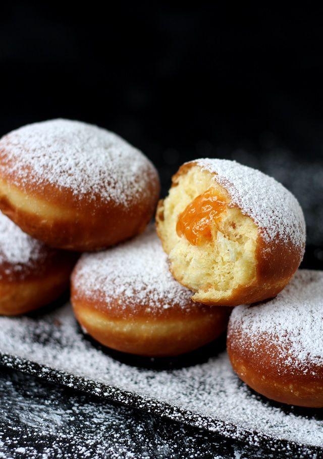 Krapfen - Austrian Jam Filled Donuts » Step by step recipe http://www.lilvienna.com/krapfen-austrian-jam-filled-donuts/