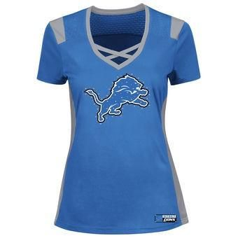 Material: 100% Polyester  Screen print with rhinestone embelishments  Contrasting details  V-neck  Short sleeve  Officially licensed  Imported  Brand: Majestic  Description  Get the fresh look of your Detroit Lions with this Majestic Draft Me T-Shirt. You'll have the perfect fit and the freshest look the second you pull on this fun top.