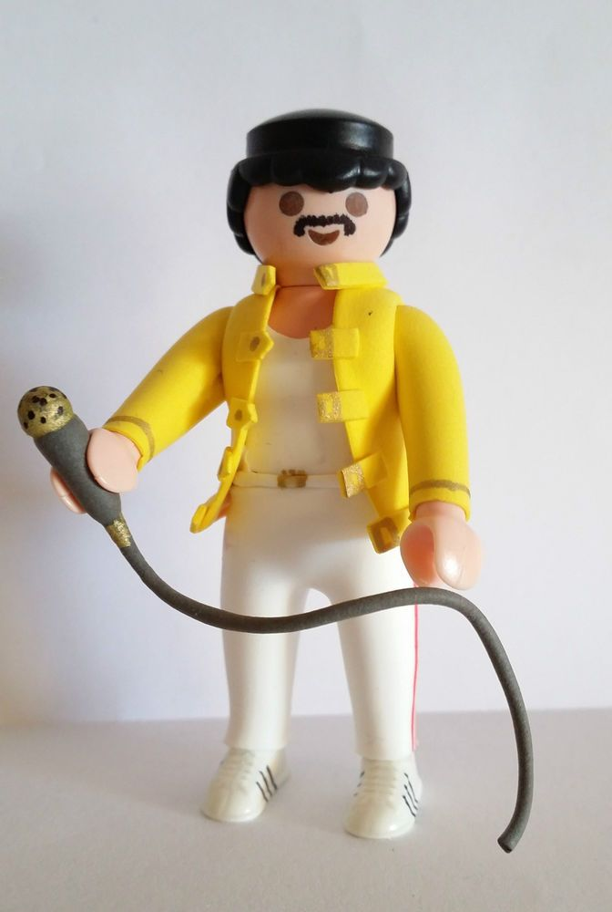 Tutoriales Custom! Suscribete a nuestro canal https://www.youtube.com/channel/UCbSsmoe3fN73VhB16QrhTWw?sub_confirmation=1  FIGURA CUSTOM freddie mercury PLAYMOBIL