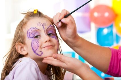 Bal urodzinowy dla małego dziecka to niezapomniane przeżycie zarówno dla dzieci jak i rodziców.