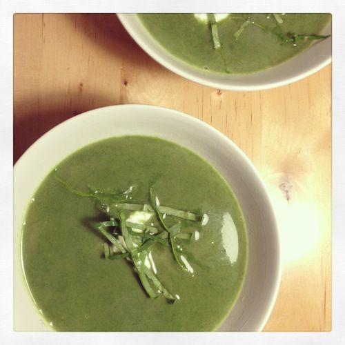 5 or less: Kerstsoep met spinazie en yoghurt