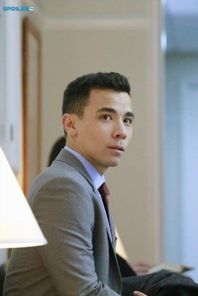 "#HTGAWM 1x14 ""The Night Lila Died"" - Conrad Ricamora as (Oliver)"