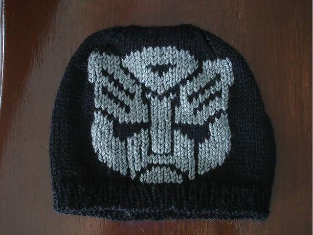Knitting Nancy Patterns : Ravelry transformer inspired autobot symbol chart pattern