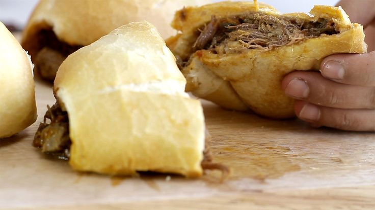 Carne Louca no Pão Francês