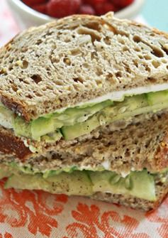 Cucumber and Avocado Sandwich. Yummy and easy. www.illuminatedcomplexion.com #zen #nutrition
