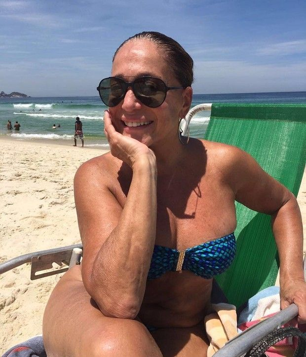 Susana Vieira causa rebuliço na internet com foto na praia #Atriz, #Biquíni, #Carnaval, #Diva, #Famosos, #Foto, #Globo, #Homenagem, #Instagram, #IveteSangalo, #JulianaPaes, #M, #Mundo, #Noticias, #Praia, #QUem, #RioDeJaneiro, #Tv, #TVGlobo http://popzone.tv/2017/03/susana-vieira-causa-rebulico-na-internet-com-foto-na-praia.html
