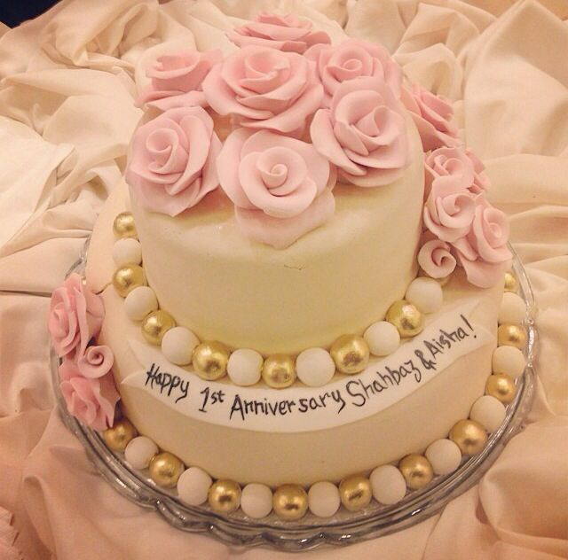 7 best Anniversary Cakezzzz images on Pinterest 1st anniversary