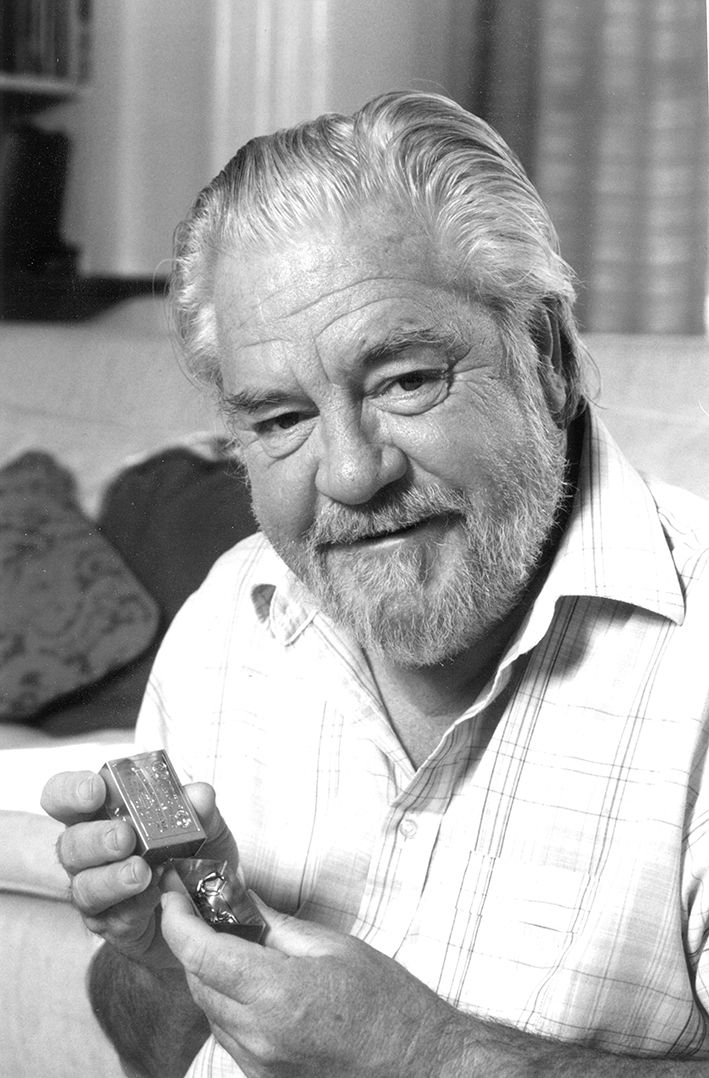 gerald durrel Gerald m durrell, a british conservationist and author who is credited with creating a role for zoos in the preservation of endangered species, died on monday in a hospital in st helier on the .