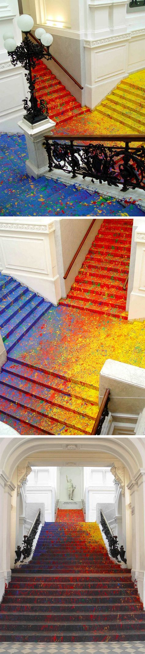Artist Leon Tarasewicz Covers the Poland National Gallery's Great Hall Staircase in Splatter Paint