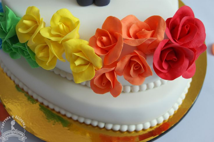 wedding rainbow cake, wedding cake, wedding rainbow roses, wedding toppers