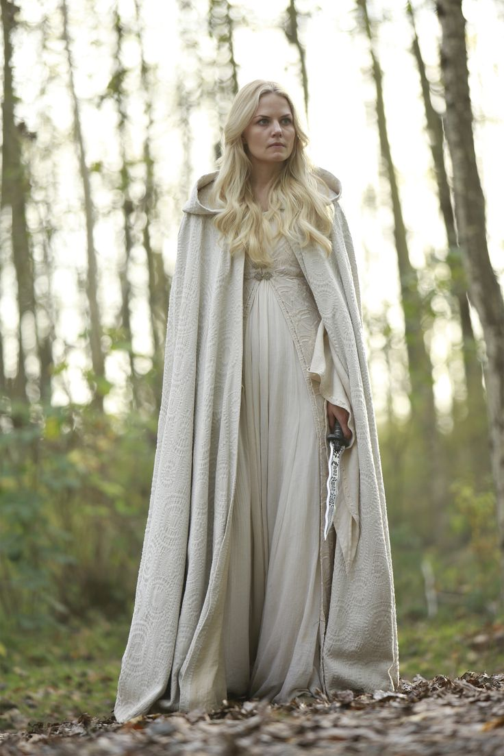 "Jennifer Morrison - ""Once upon a time"" (TV 2011- ) - Costume designer : Eduardo Castro"