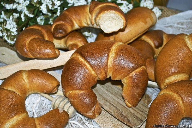 Rogaliki z mąki pełnoziarnistej