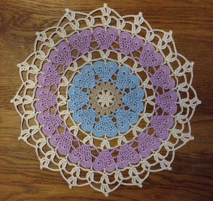 Free pattern – Crochet_millan's christmas cloth/coaster.