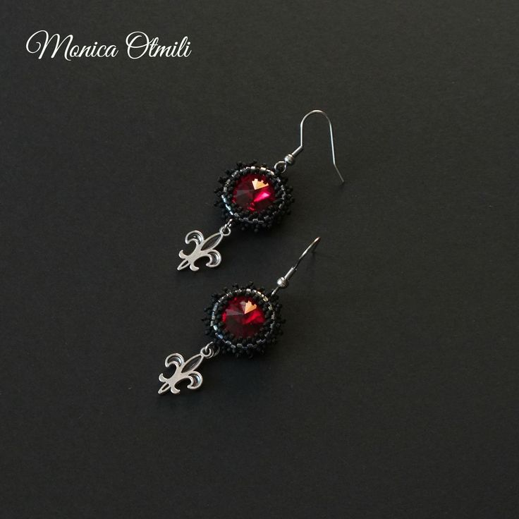 'Royal Blood' earrings by Monica Otmili  #beaded #beadwork #historic #historicist #earrings #gothic #swarovski #lily #lilyofthevaley #queen #royal #jewelry #blood