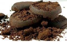 Come si utilizzano i fondi di caffè: in casa, in giardino, nella cosmesi - caffè, fondi caffè, repellente per insetti, fertilizzante per le piante, come togliere i cattivi odori, Colorare i tessuti, deodorante per l'ambiente naturale, macchie pavimenti