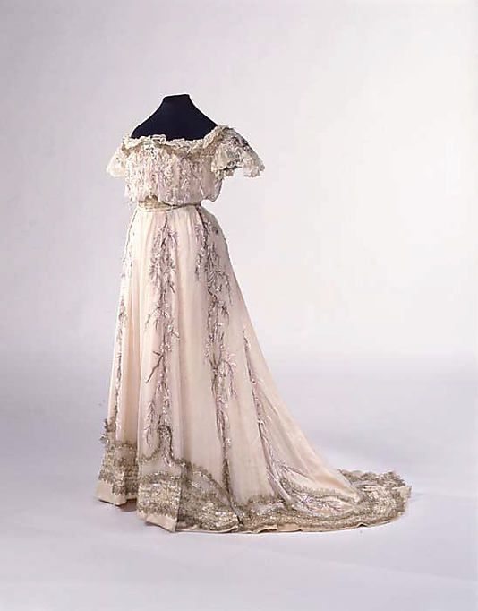 Dress  House of Paquin  (French, 1891–1956)    Designer:      Mme. Jeanne Paquin (French, 1869–1936)  Date:      1909  Culture:      French  Medium:      silk