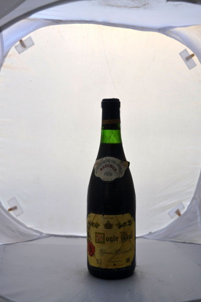 Bodega: Riojanas D.O./Zona: D.O.Ca Rioja País: España Tipo de vino: Tinto Crianza: Con crianza